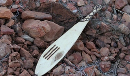 aboriginal_crafted_woomera_photo_slideshow.jpg