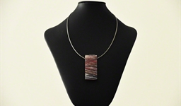 emily_kngwarreye_pendant_necklace_1_photo_slideshow.jpg